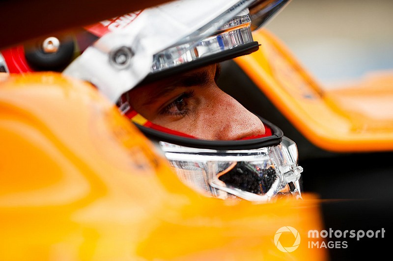 Sainz szerint benne van a pakliban, hogy Verstappen soha nem lesz bajnok