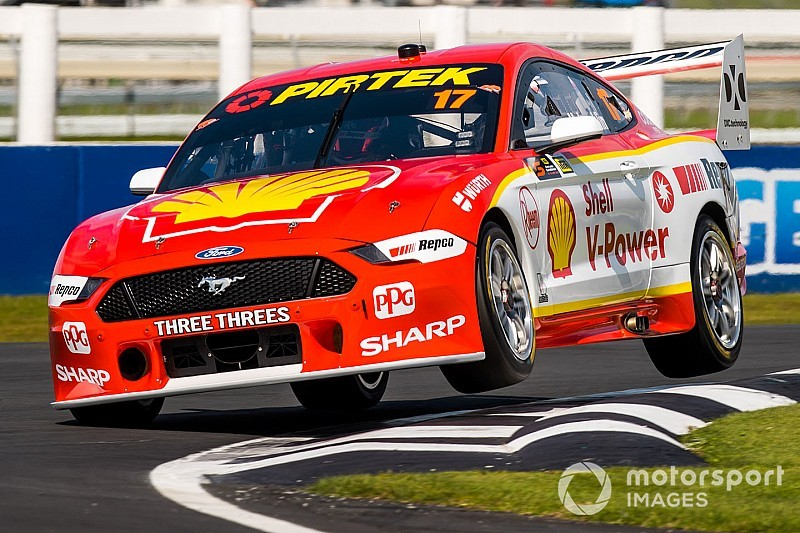 Pukekohe Supercars: McLaughlin wins amid Safety Car chaos