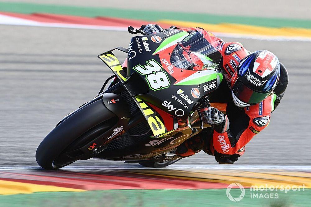 Aprilia replaces Smith for final three MotoGP rounds