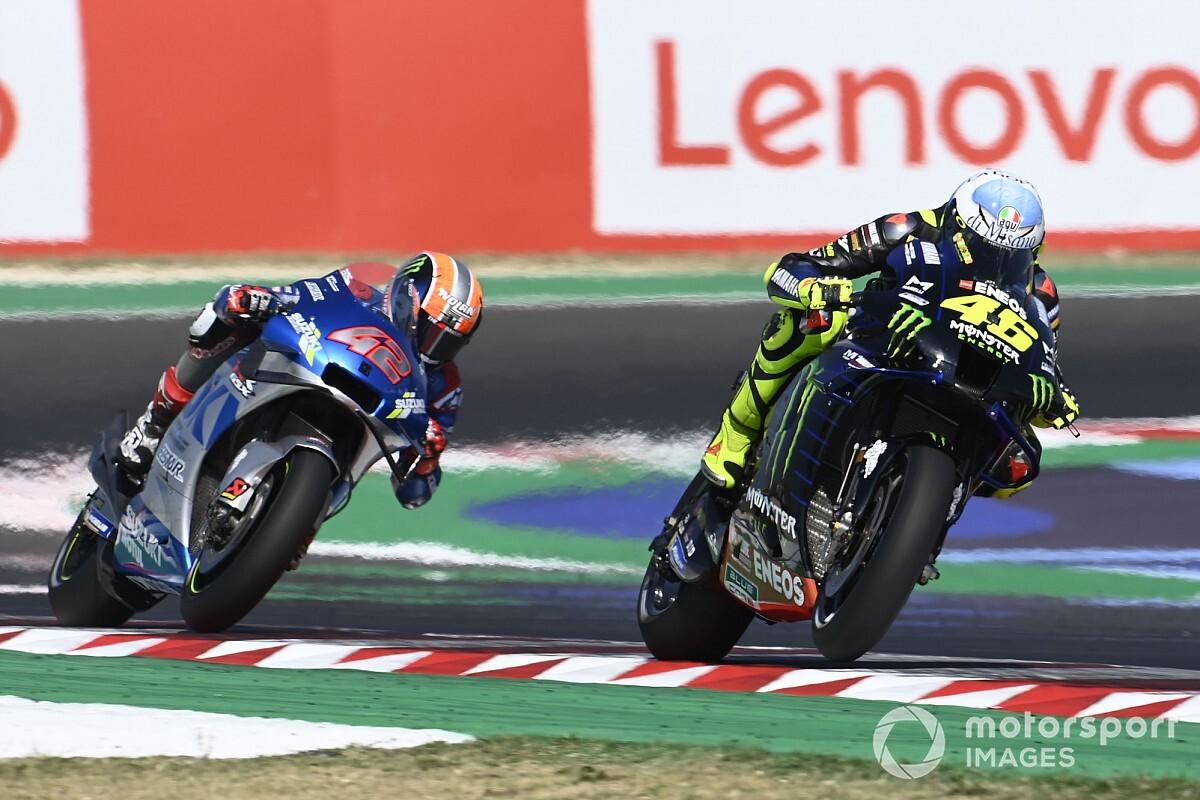 Valentino Rossi exhorte Yamaha à suivre l'exemple de Suzuki