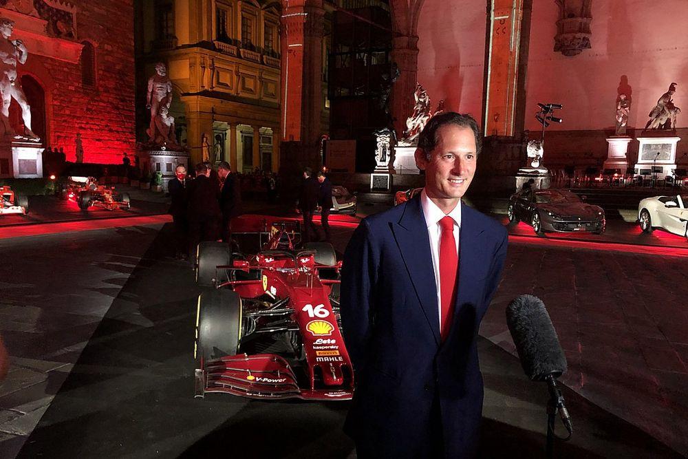 Bos Ferrari Jadi Pengibar Bendera Start Le Mans 24 Hours