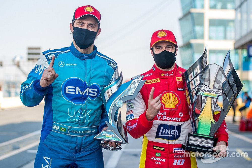 Pilotos Shell Ricardo Zonta e Átila Abreu vencem suas categorias no Endurance Brasil em Curitiba