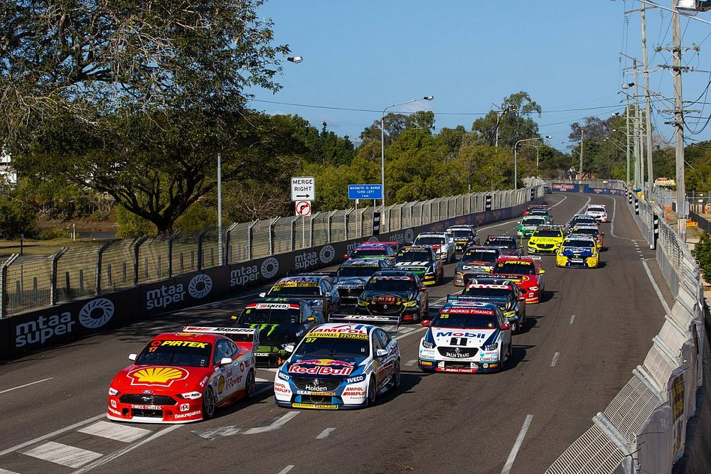 Border reprieve for Melbourne Supercars teams