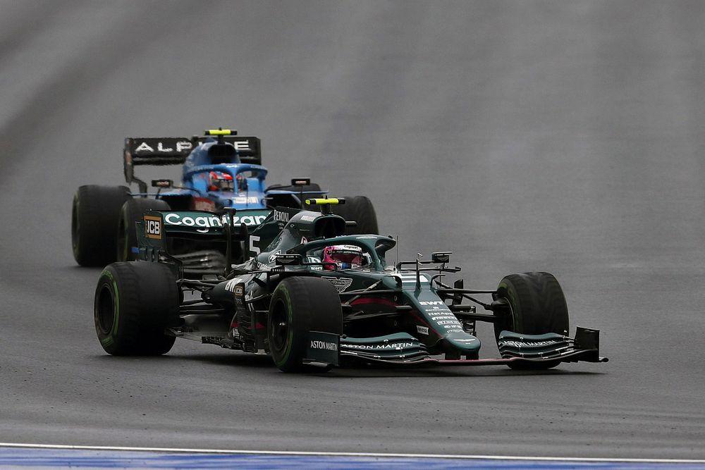 Vettel: Én akartam váltani, utólag már bánom