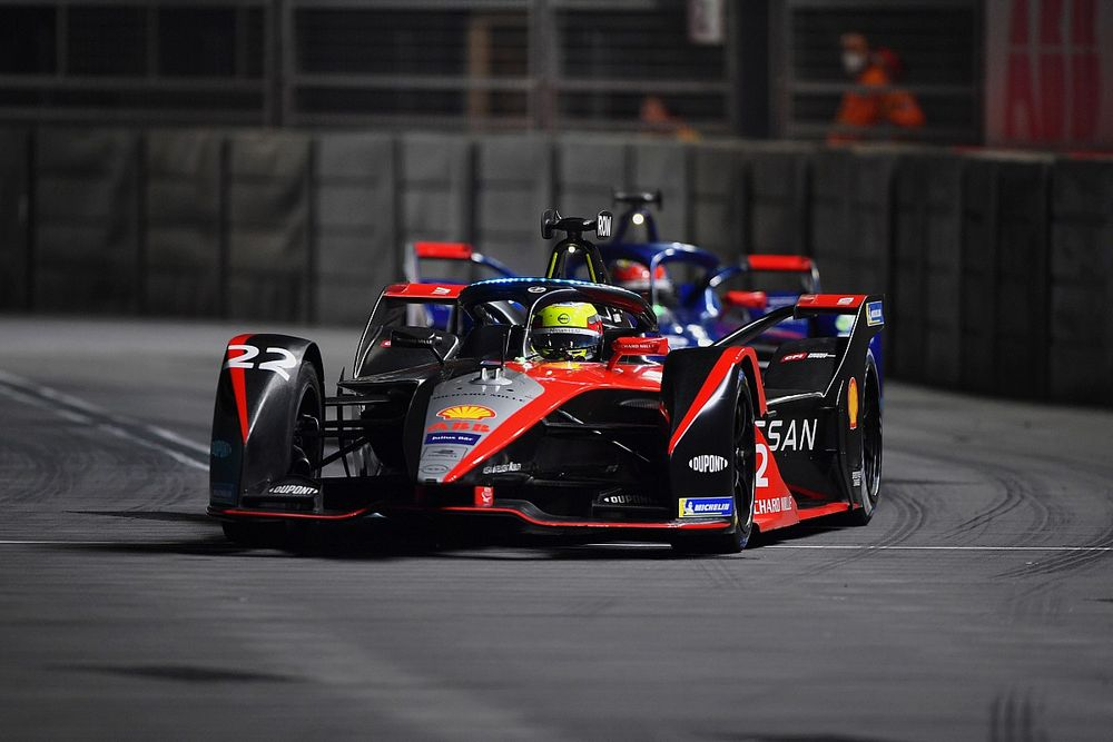 Инсайд: Квят и Элбон поспорят за место в команде Nissan ФЕ