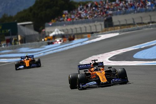 A McLaren egyszerre dolgozik az idei és a jövő évi autón