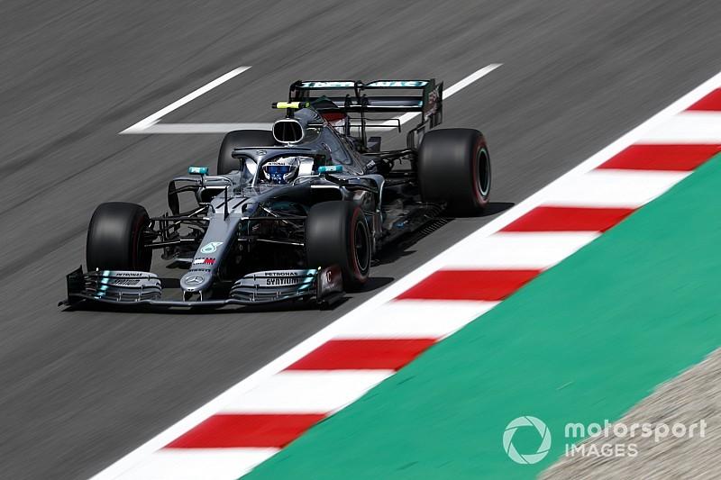 A Barcellona domina la Mercedes: pole di Bottas, deludono le Ferrari