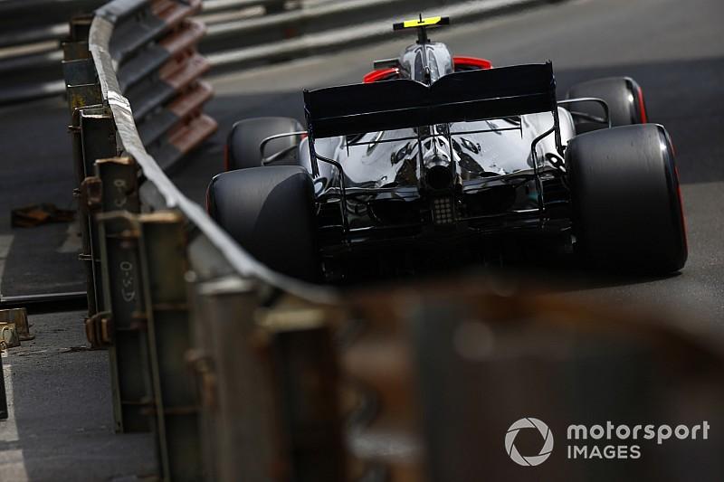 Így driftelt Bottas az F1-es Mercedesszel Monacóban
