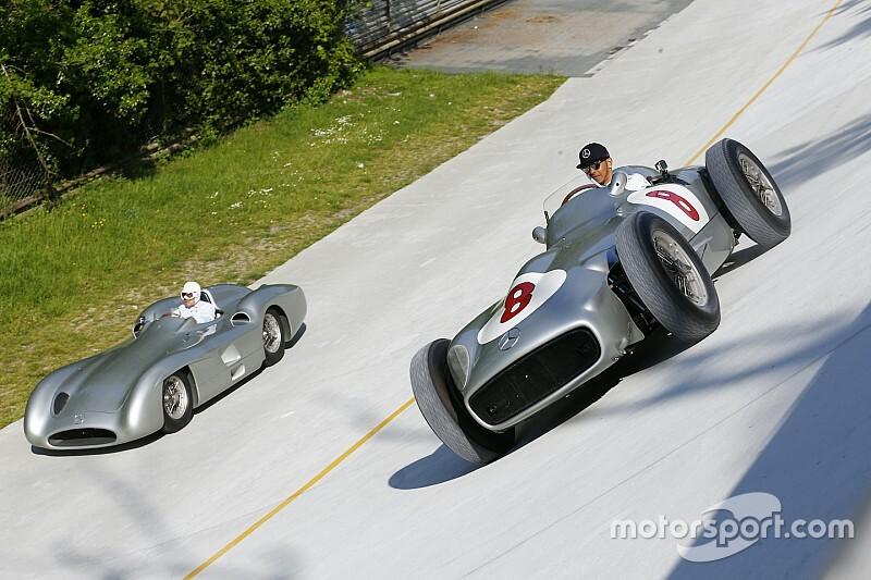 Quand Stirling Moss et Lewis Hamilton faisaient une virée à deux