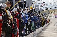 NASCAR、警官による黒人男性殺害事件で黙祷。反差別・反不公平の姿勢示す