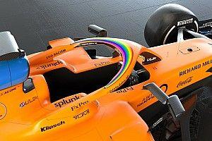 A McLaren festése is megváltozott: szivárványok is vannak rajta!