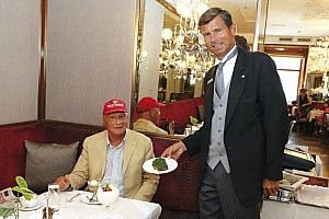 Petit déjeuner avec Niki Lauda