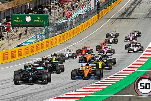 F1 overweegt sprintrace op zaterdag, 'reversed grid' uitgesloten