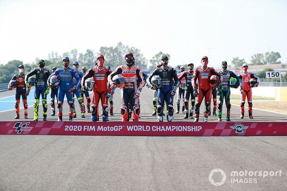 La foto de familia de MotoGP: el Mundial de las máscaras