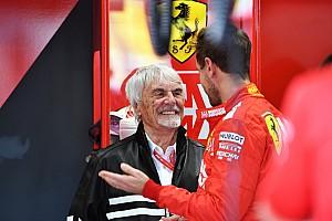 """Ecclestone: """"Hamilton chez Ferrari? Il ne parle pas italien, il ne ferait pas aussi bien qu'avec Mercedes"""""""""""