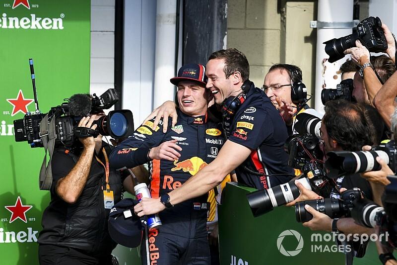 Manager Verstappen: Progressie Red Bull en Honda doortrekken