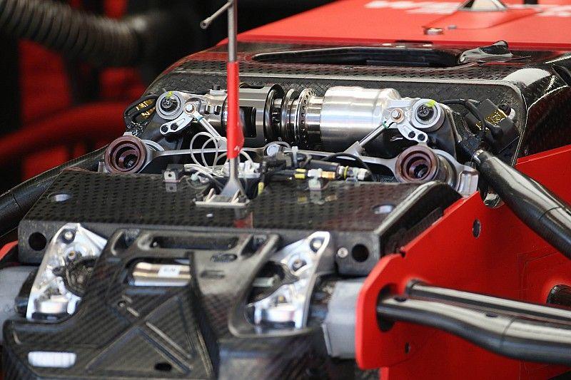 Почему на пятый день тестов Ferrari внезапно стала лидером? Похоже, дело в подвеске