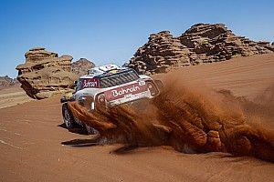 Петерансель выиграл этап на «Дакаре», Сайнс сохранил лидерство