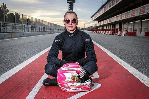 Léna Buhler mit Drivex in der spanischen F4