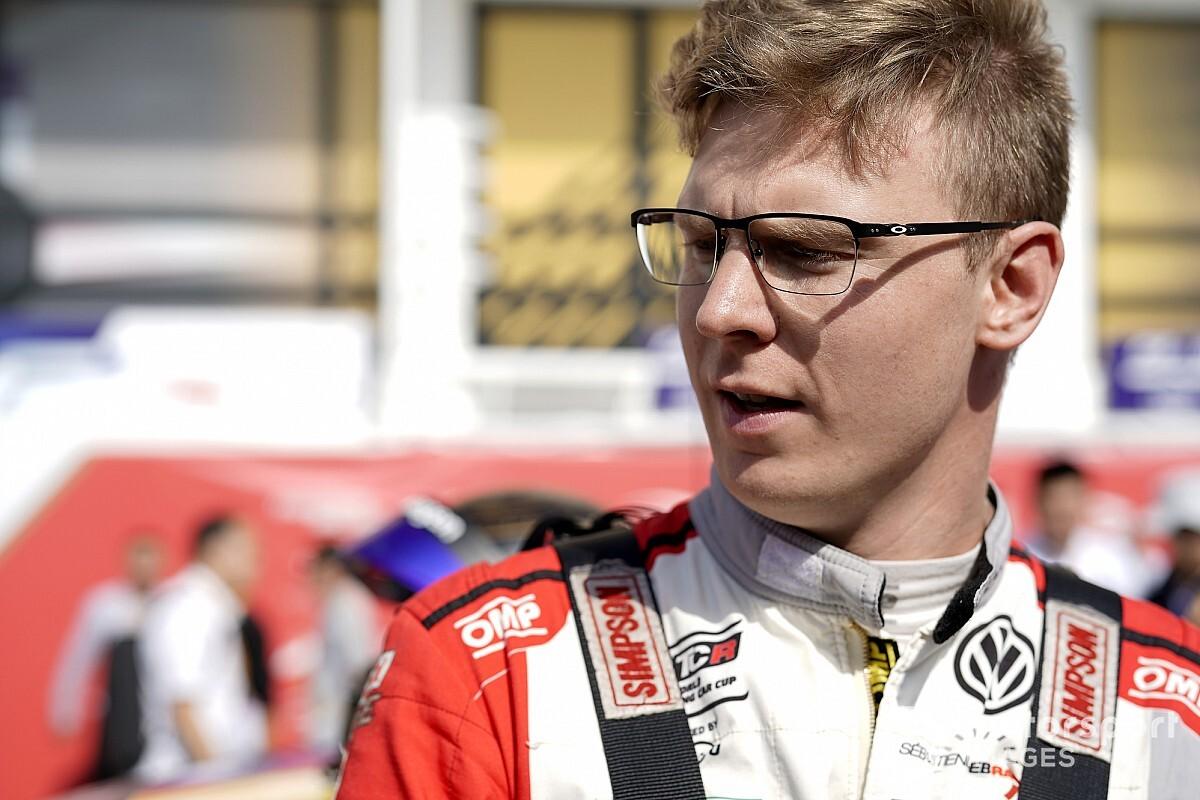 Kristoffersson closing on World Rallycross return