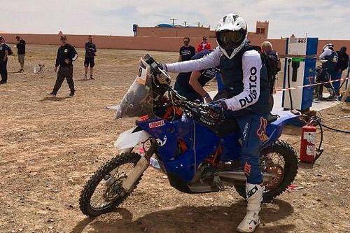 Bartoszek zostawił motocykl na wydmach