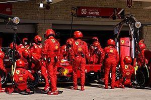 Sainz demande à Ferrari des progrès dans les stands