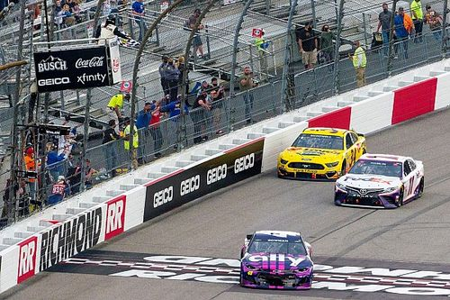 Alex Bowman steals the show with win over Hamlin at Richmond