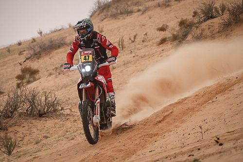 Dakar 2021, Stage 10: Benavides takes lead as Cornejo retires