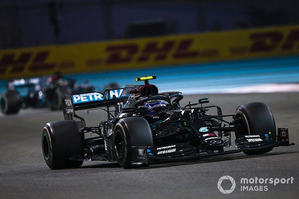 Mercedes: Gemis aan vermogen niet bepalend voor zege Verstappen
