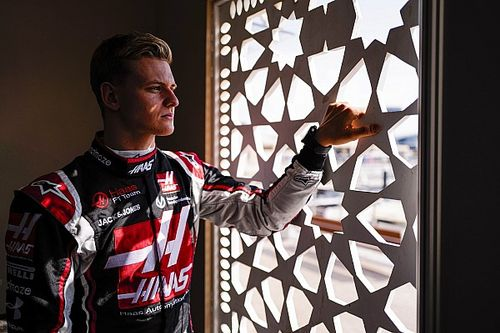 Trudny początek Schumachera