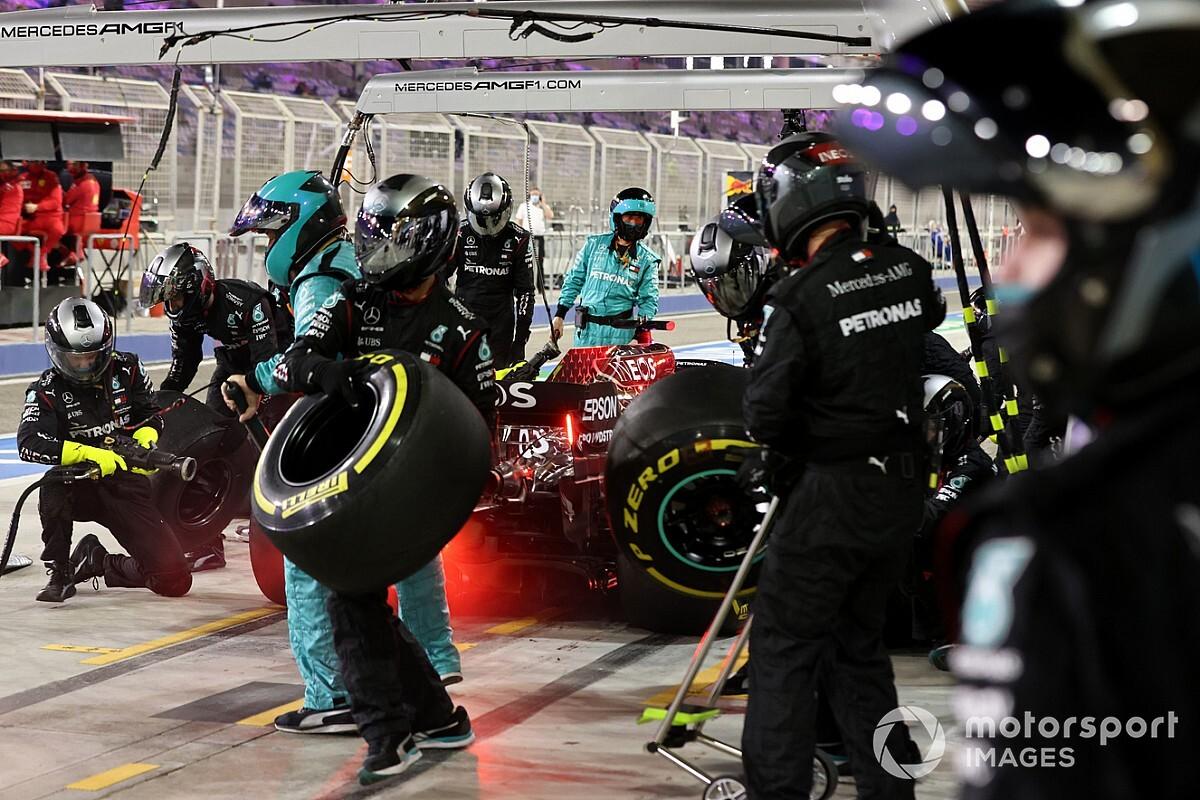 Mercedes fined for Sakhir GP tyre infringement