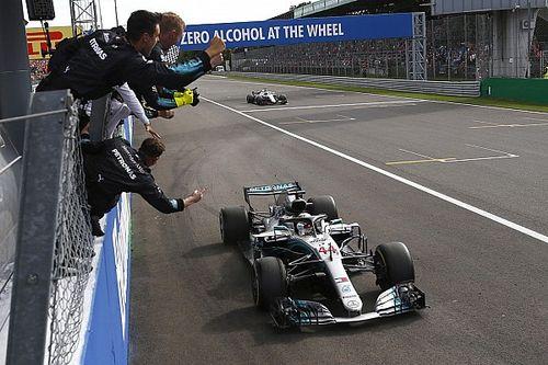 Fotogallery: Hamilton e la Mercedes fanno festa a casa della Ferrari a Monza
