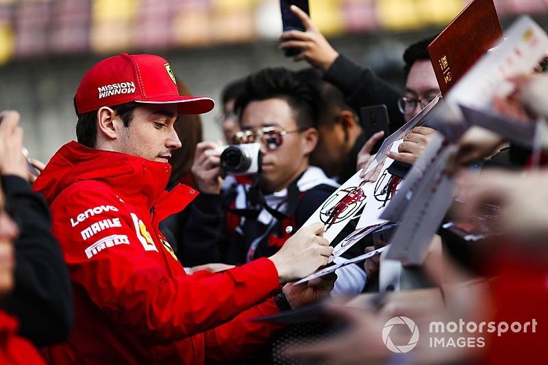 """Leclerc: """"Con Vettel lotto in pista, ma collaboro quando scendiamo dalla Rossa"""""""