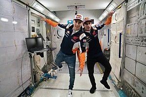 GALERÍA: los pilotos de Repsol Honda Team visitaron la NASA