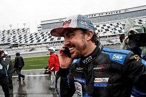 El mundo del deporte se rinde a Alonso tras su victoria en Daytona