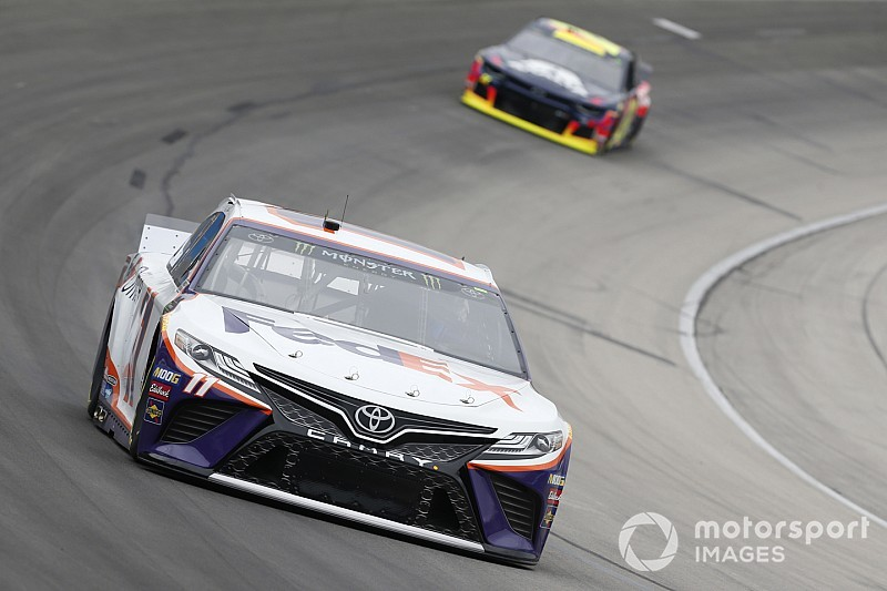 Denny Hamlin fastest in race-like final practice at Texas
