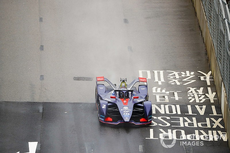 Újabb drámai futam a Formula E-ben: Bird nyert Hong Kongban Massa csapattársa előtt