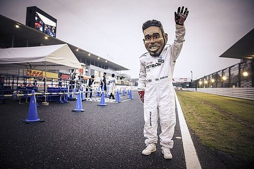 Galeria: Os apaixonados e criativos fãs japoneses da F1