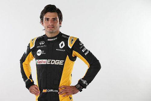 Sainz ya luce vestido de Renault