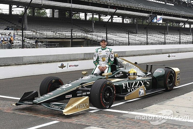 Indy 500: Carpenter leads qualifying, Alonso reaches Fast Nine