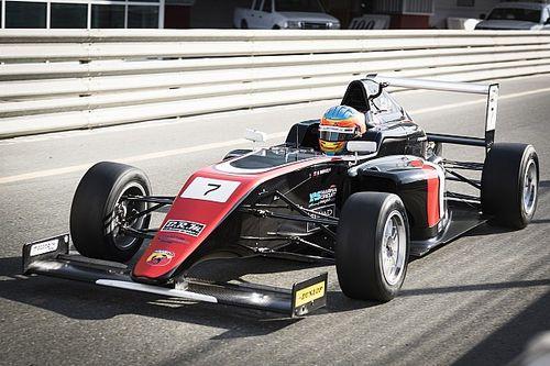 """فريق """"موتوبارك"""" يحرز الفوز بالجولة الثالثة من بطولة الفورمولا 4 الإماراتية"""