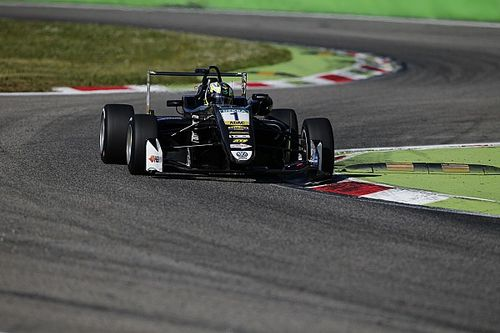Monza F3: Eriksson holds off charging Norris to win