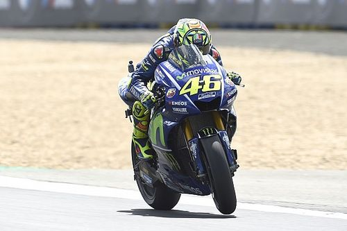"Rossi ""feels lucky"" to avoid missing crucial races"
