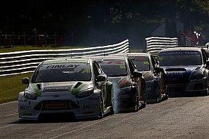 Croft BTCC qualifying halted after 12-car crash