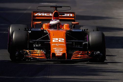 """Button admits grid penalty """"hurts"""" after making Q3"""