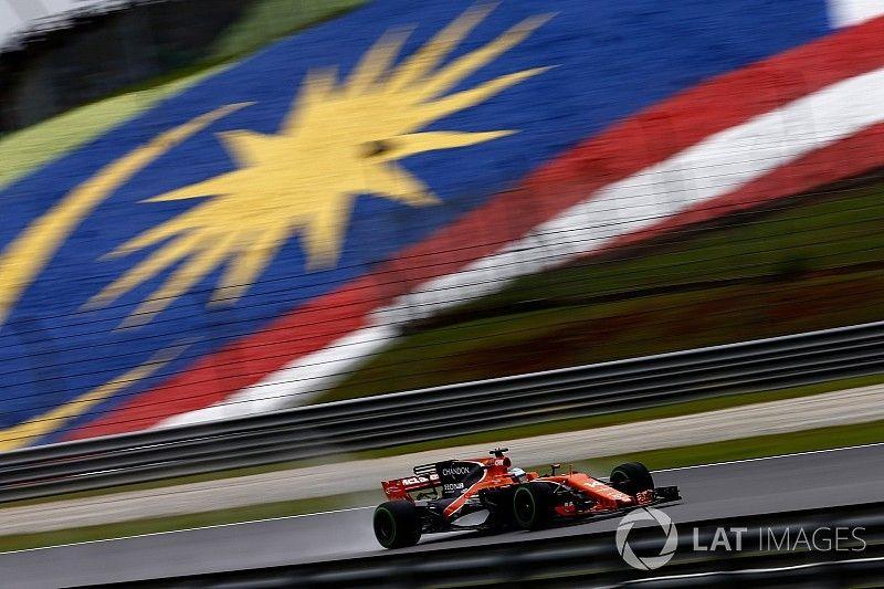 Alonso, satisfecho tras quedar por delante de los Mercedes