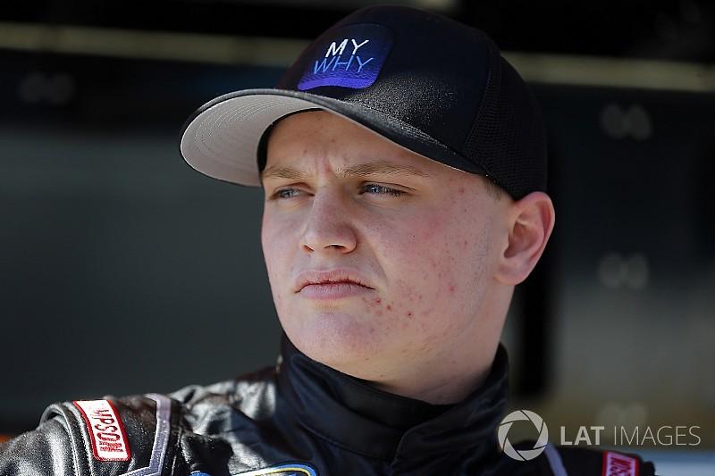 Justin Haley returns to GMS Racing for 2018 NASCAR Trucks season