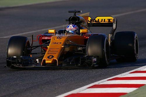 Sok baj van a Renault hátsó szárnyával...