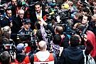 Pai de Verstappen clama por privacidade para Max