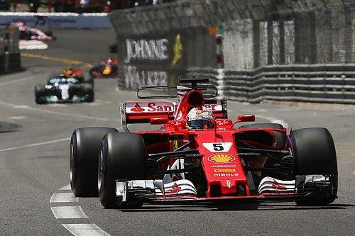 """Lauda: """"Vettel deve ritirarsi in un GP, altrimenti addio titolo"""""""